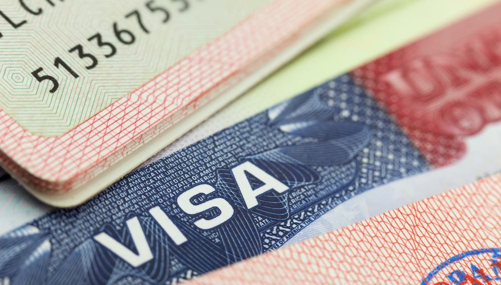 How International Students and Professionals Can Get an H1-B Visa