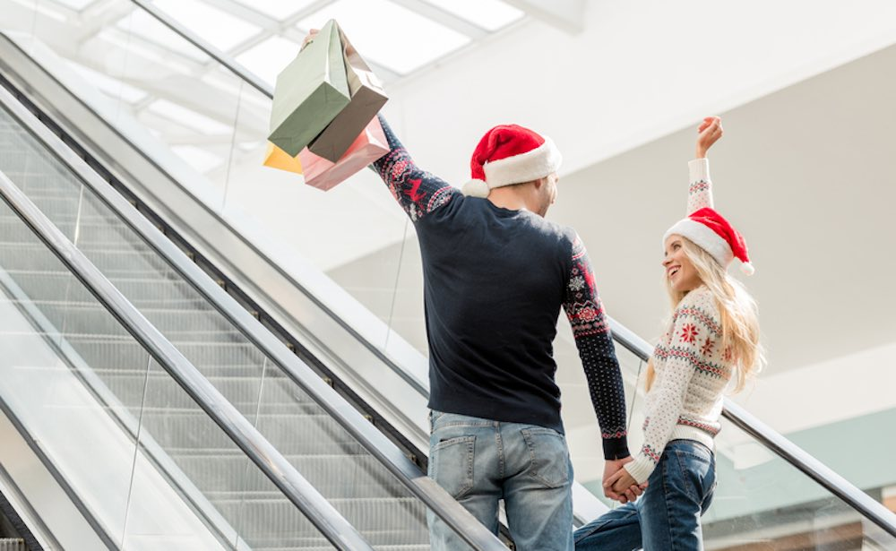 How to Not Break the Bank with Last Minute Christmas Shopping